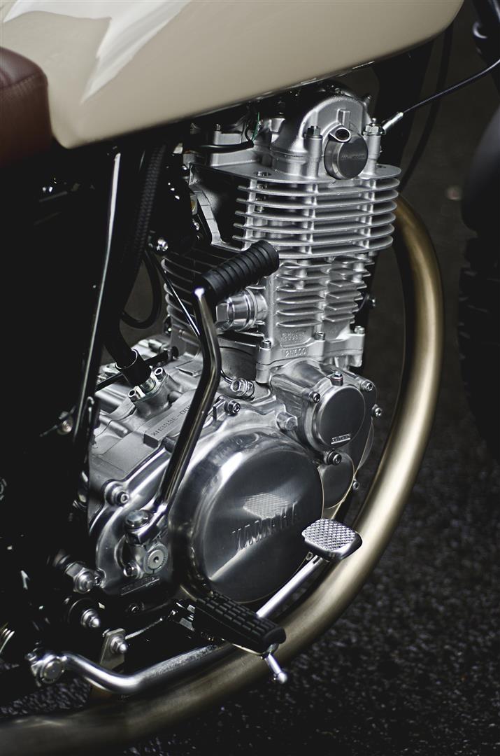 Auto_Fabrica_SR_400_Type7_12