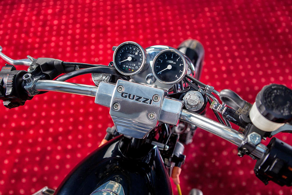 Guzzi_Champion_Martini_7
