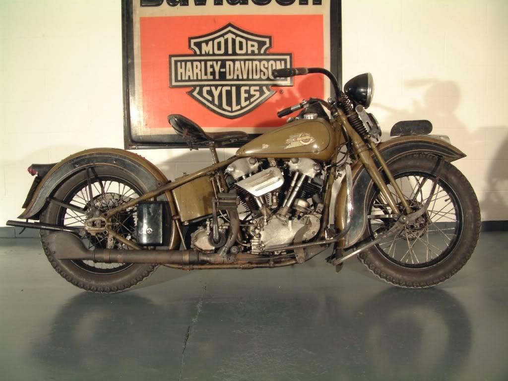 Harley_Davidson_Knucklehead_1936_10