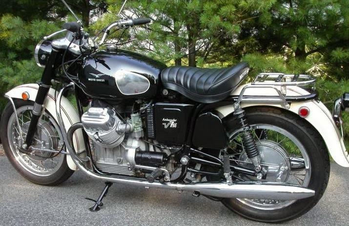 Moto Guzzi V7 Ambassador 2