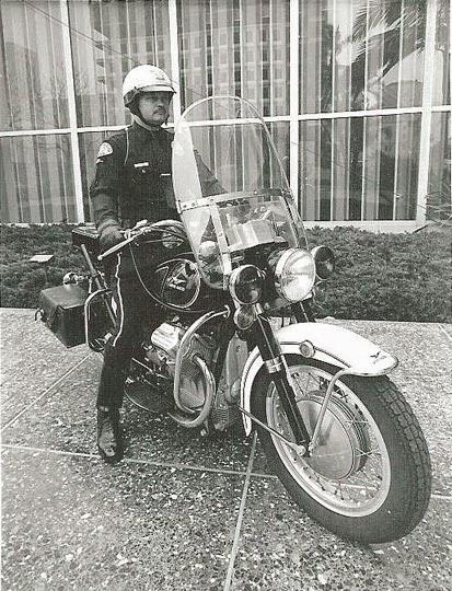 Moto Guzzi V7 Ambassador 5