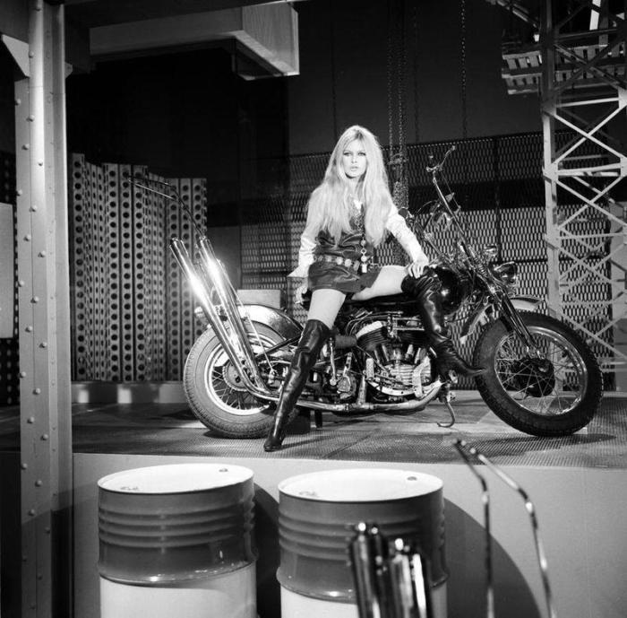 brigitte-bardot-motorcycle