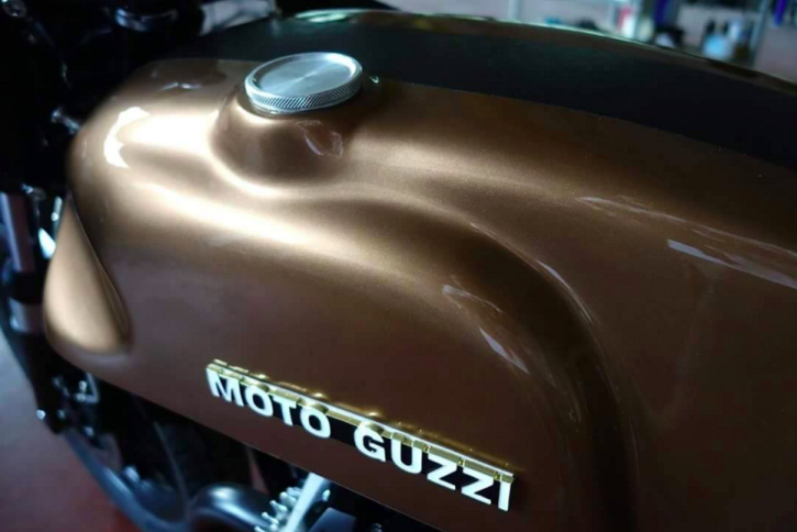 Guzzi V35 Cafe Racer Retro Garage 4
