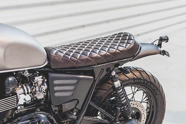 Triumph Bonneville 04 Macco Motors 06