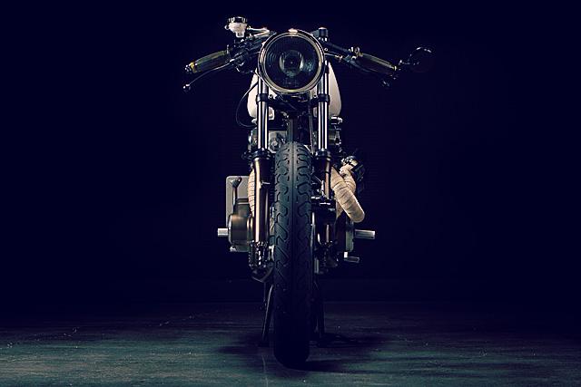 Honda 350 Dia de Los Motos 3