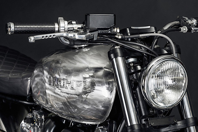 north_east_triumph_bonneville_04
