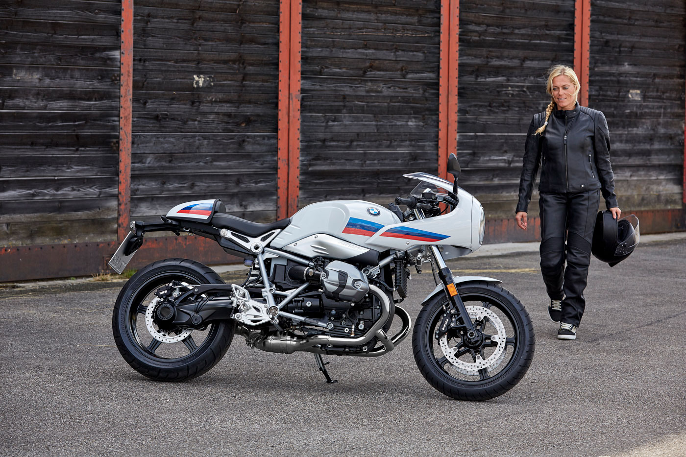 p90232635_highres_the-new-bmw-r-ninet