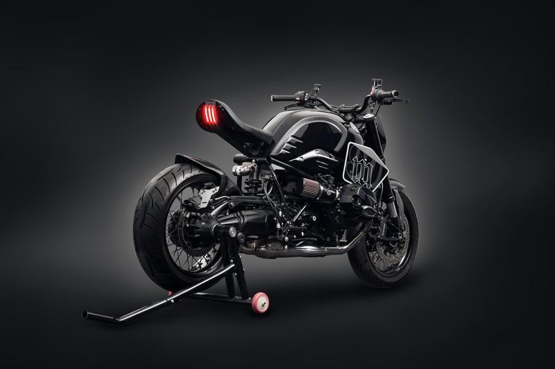 bmw-r-nine-t-dark-fighter-mandrill-garage-cina-13
