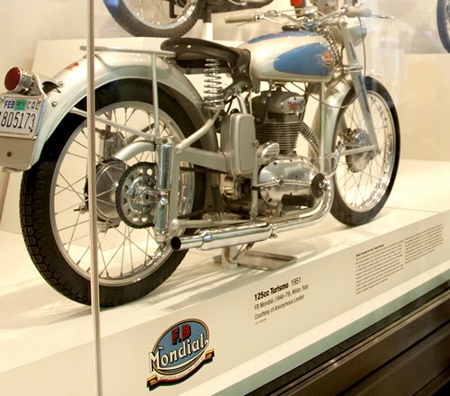 Mondial-125-Turismo_1951_4