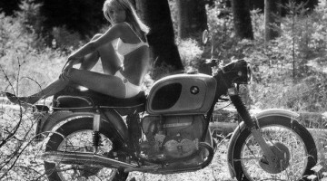 Girls and BMW motorcycles (a BeeMerGirls photo collection)