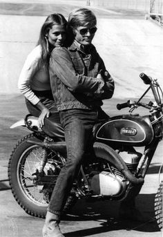Lauren Hutton - Robert Redford