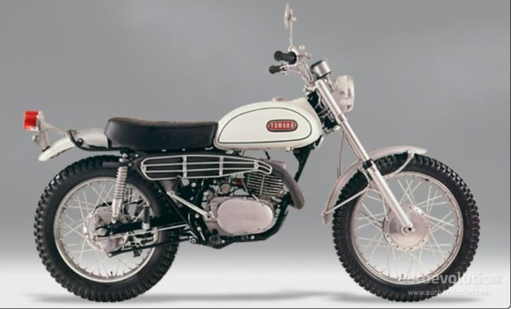 10- YAMAHADT-1-250 1971