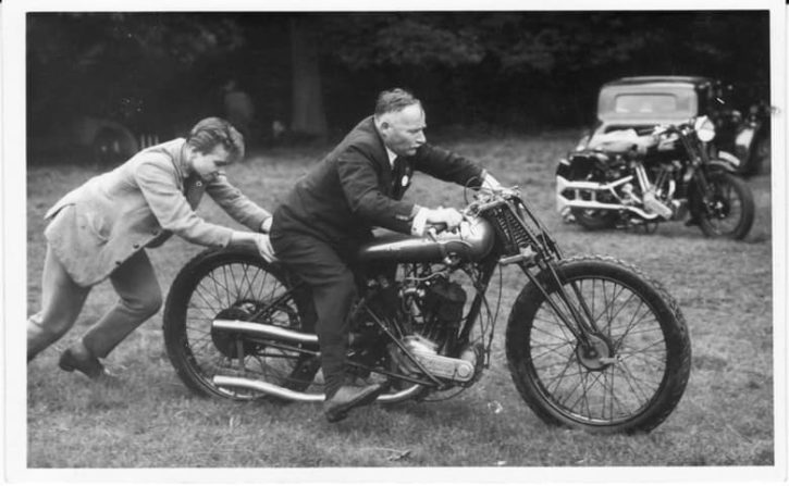 6-1922-brough-superior-ss-80-old-bill