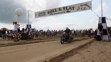 Roll'n Flat Beach Race 2017. Special e hotrod infiammano la spiagga di Caorle