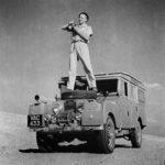 Il viaggio incontro al sole: la Land Rover di George Rodger