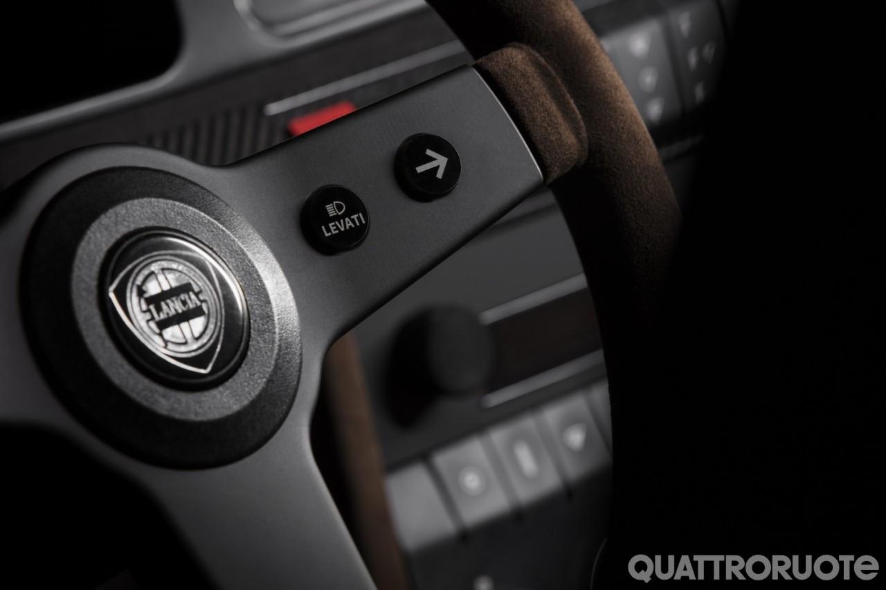 2018-Lancia-Delta-Futurista-Automobili-Amos-09