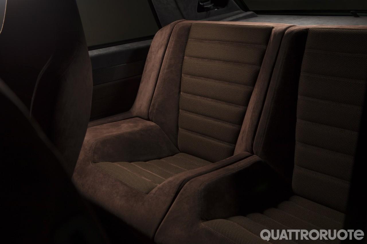 2018-Lancia-Delta-Futurista-Automobili-Amos-10