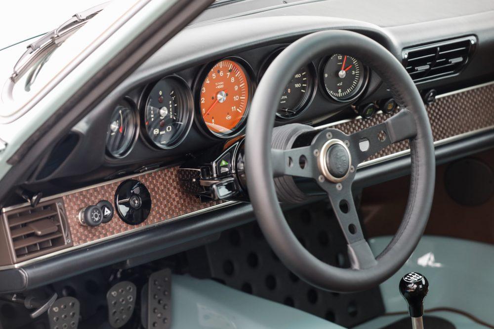 1991_Porsche_911_Singer_Rust_and_Glory_10