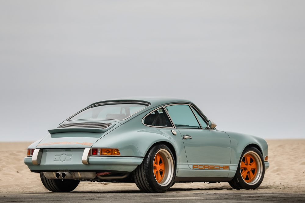 1991_Porsche_911_Singer_Rust_and_Glory_3