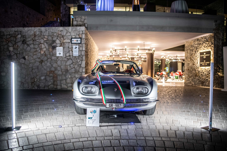 La Lamborghini 350 GT telaio #102 del 1964 vincitrice del premio Best in Show