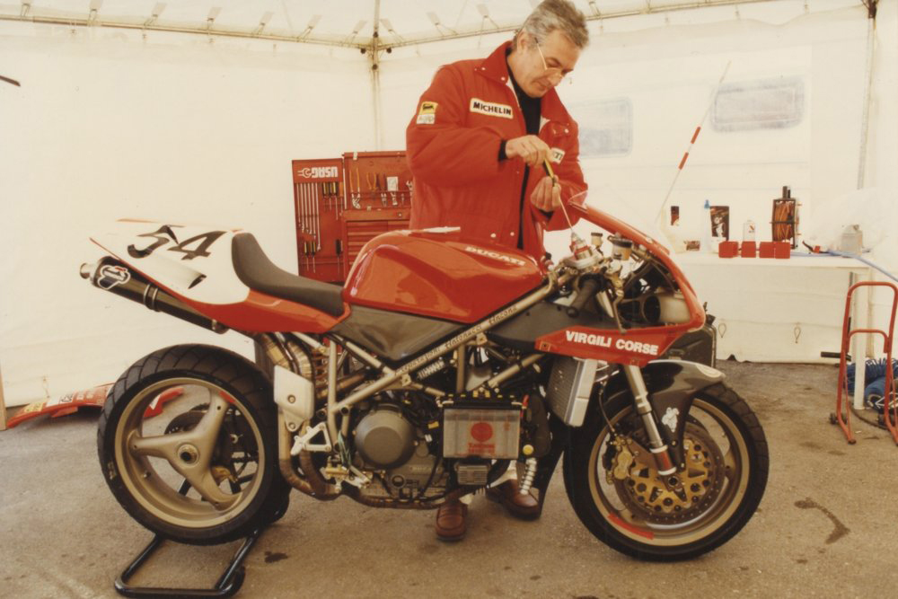 Massmo_Tamburini_Ducati_916_Rust-and-Glory7