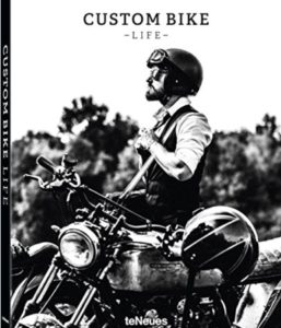 Wheels and Waves e Cafe Racer. Riders e Distinguished Ladies. Un libro ricco d'ispirazione per prepararsi al DGR dell'anno prossimo